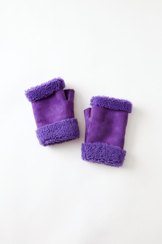 Toasties Toasties Purple Fingerless  Shearling Mittens