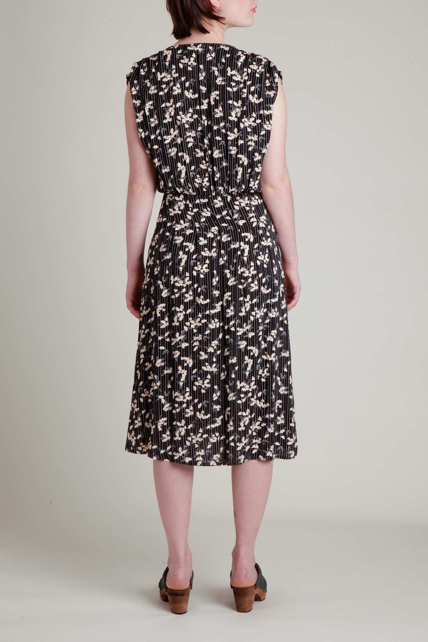 Ida Floral Print Sleeveless Midi Dress