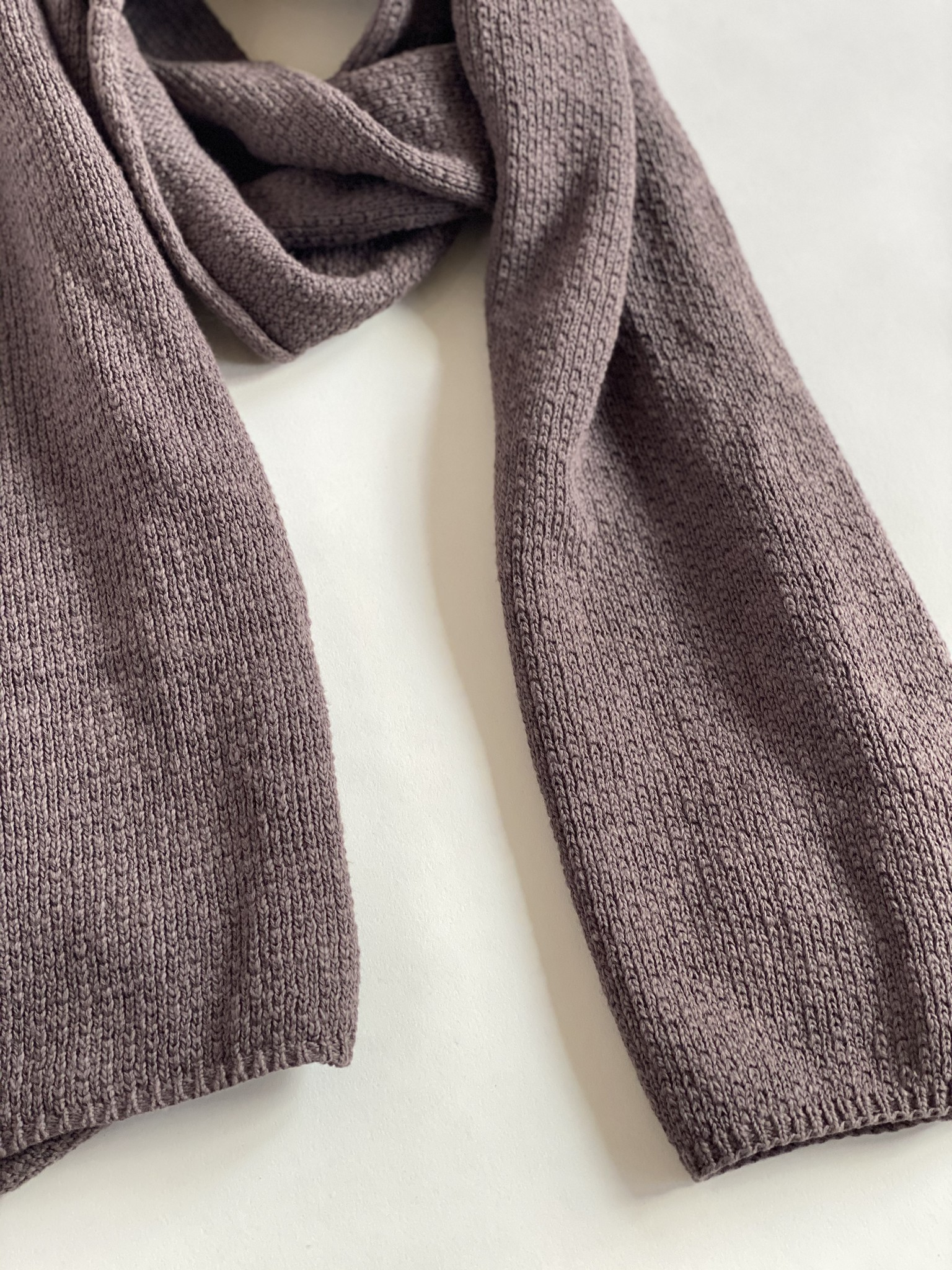 It is Well LA Flower Stitch Knit Scarf