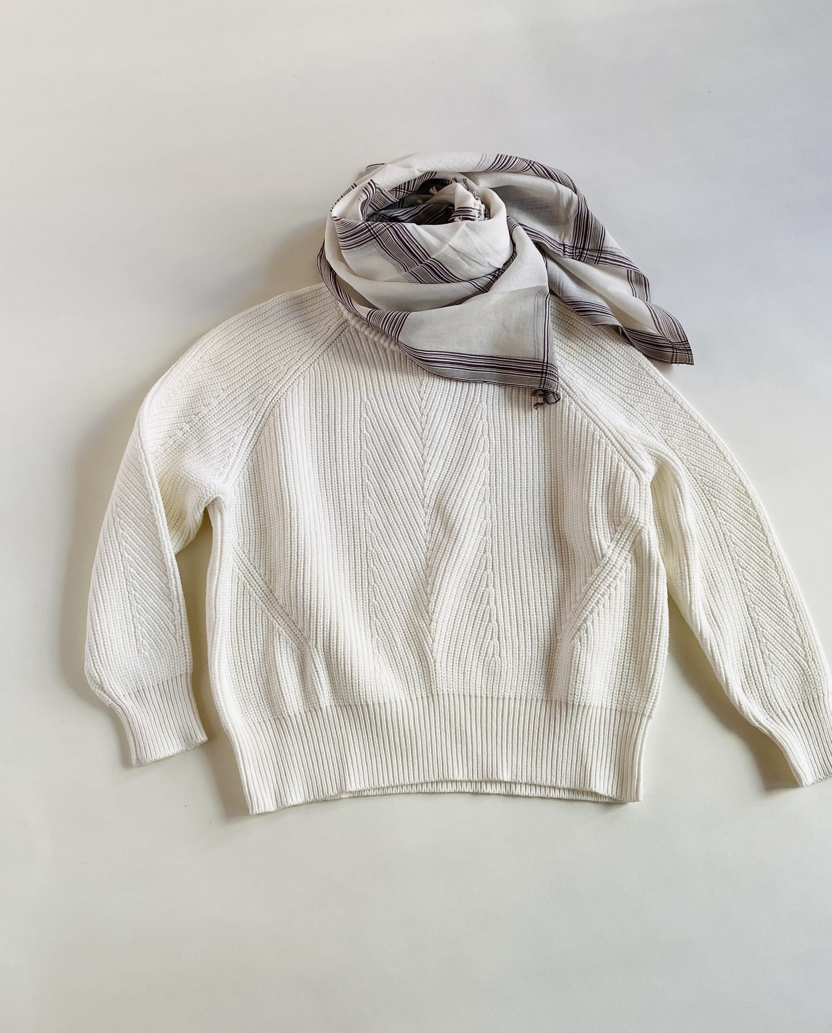 Mois Mont Mois Mont White and Plum Striped Scarf