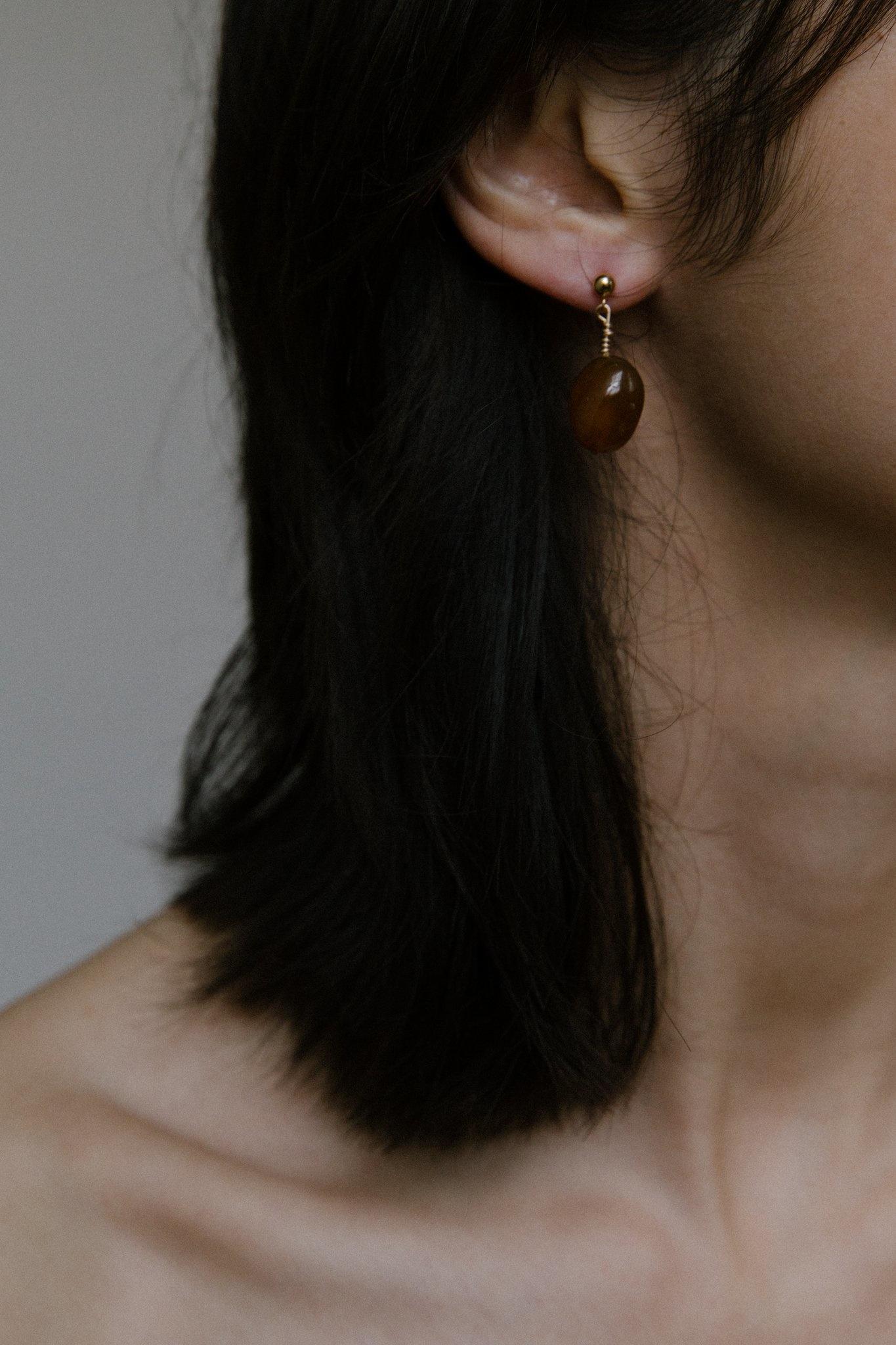 Vermeer Vermeer Valentine Agate Drop Earrings