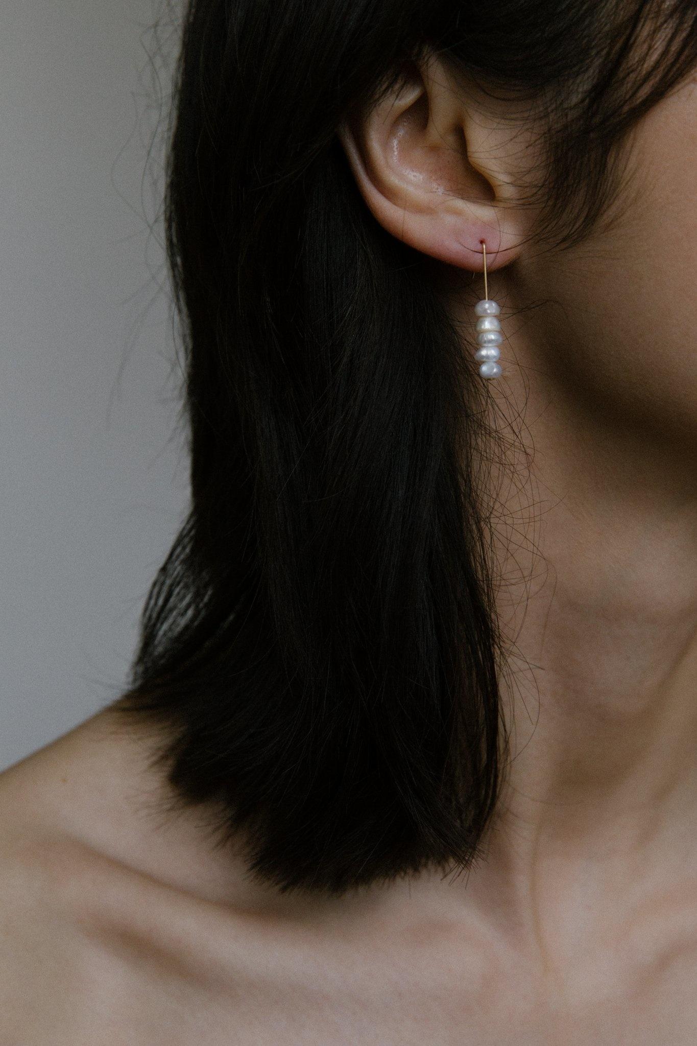 Vermeer Daria Pearl Stack Earrings
