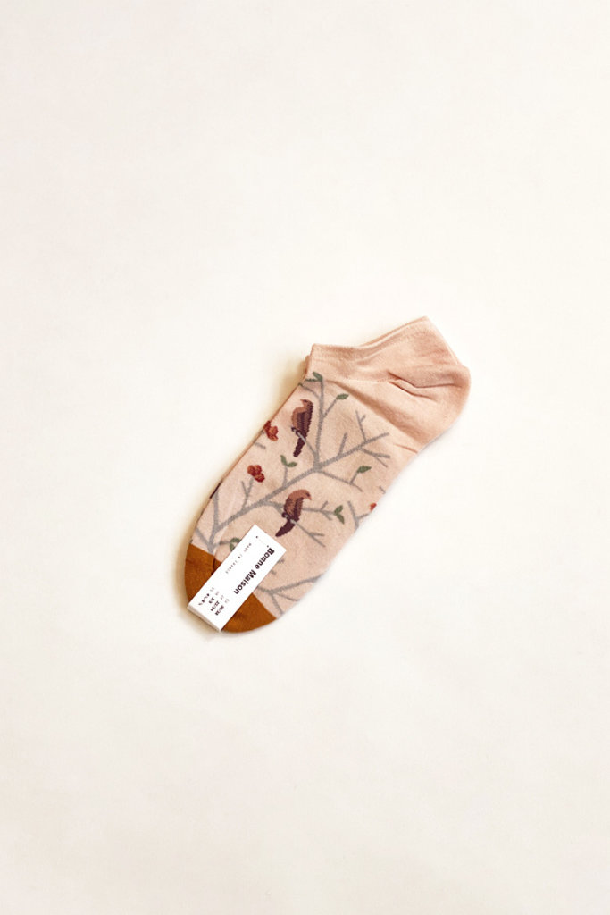 Bonne Maison Rosebud Bird Ankle Socks