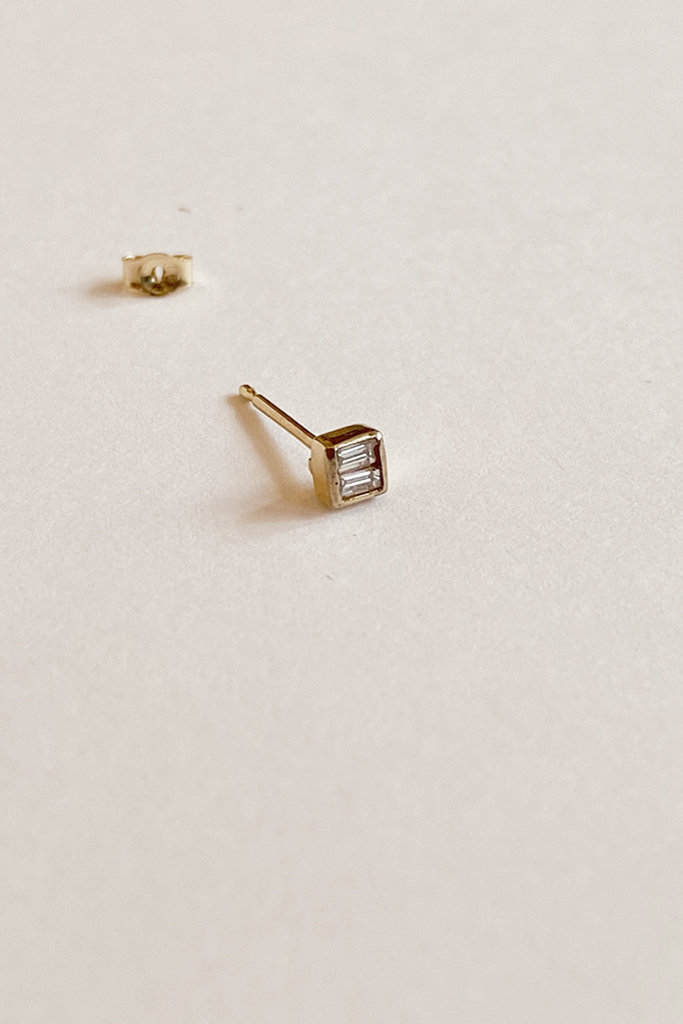 Mociun Mociun Square Diamond Single Stud