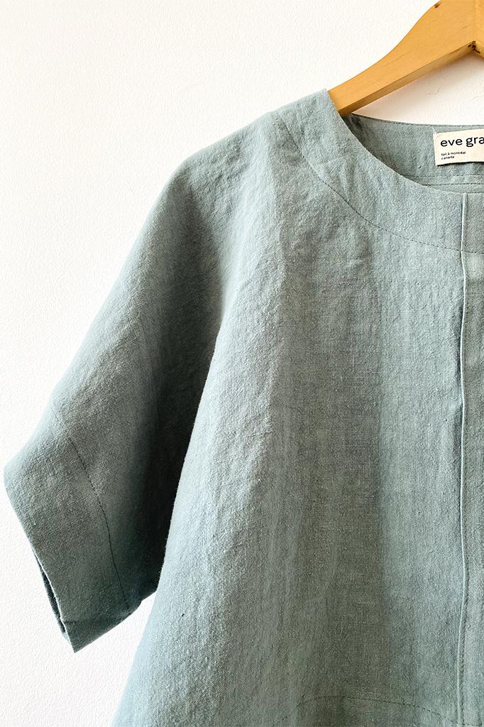 Eve Gravel Eve Gravel lle D'Or Light Blue Boxy Linen Top