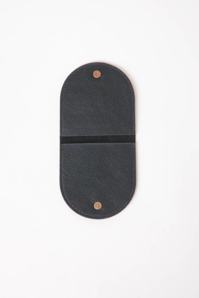 Pouch 2A in Matte Leather Black