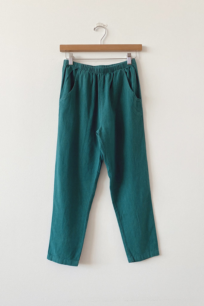 Me & Arrow Me & Arrow Slim Pants in Deep Teal