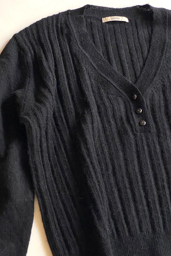 Sessun Anya Fancy Stitch V-Neck Sweater - Size XS