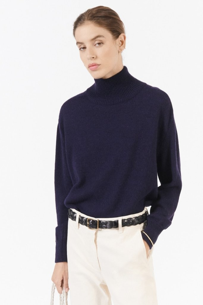 masscob Lotus Navy Oversized Turtleneck Sweater - size M
