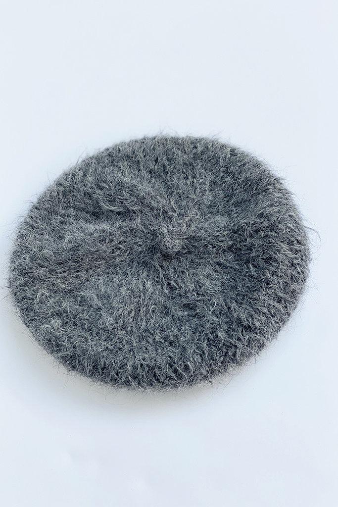 Karakoram 610  Knitted Alpaca Wool Beret in Charcoal