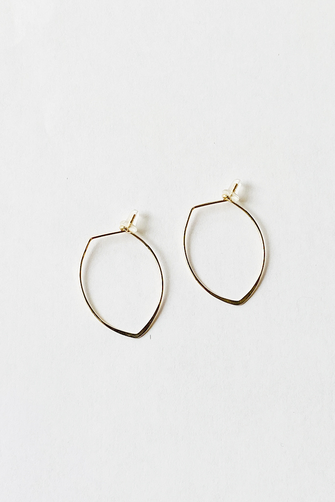 Chibi Jewels Small Hammered Spear Hoops