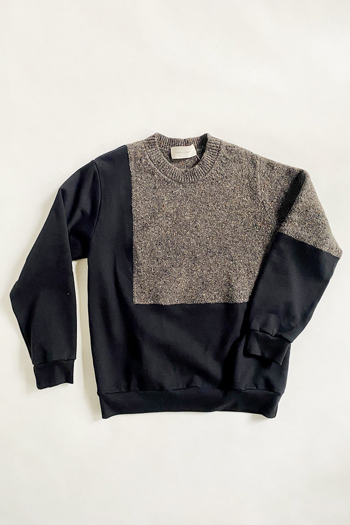 Correll Correll Ecke Black and Grey Sweater with Knit Panel