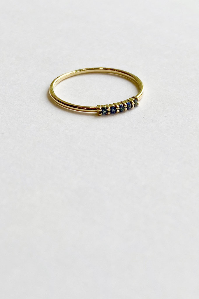 Trois Petits Points Constellation Blue Sapphire Ring 18kt Gold