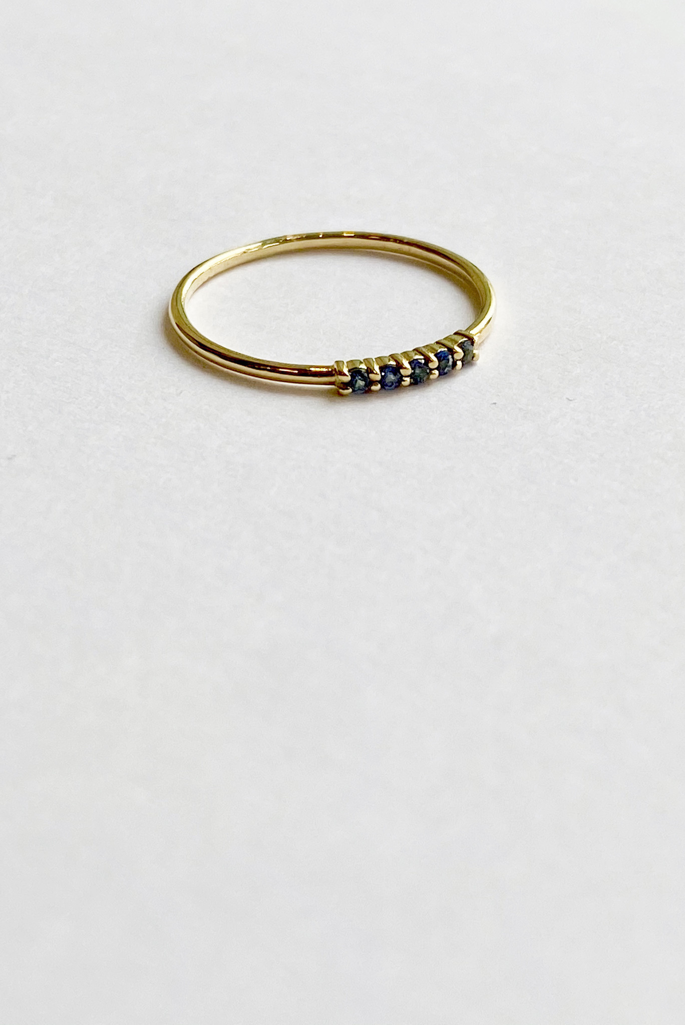 Constellation Blue Sapphire Ring 18kt Gold