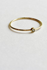 Pale Green Sapphire Ring 18kt Gold