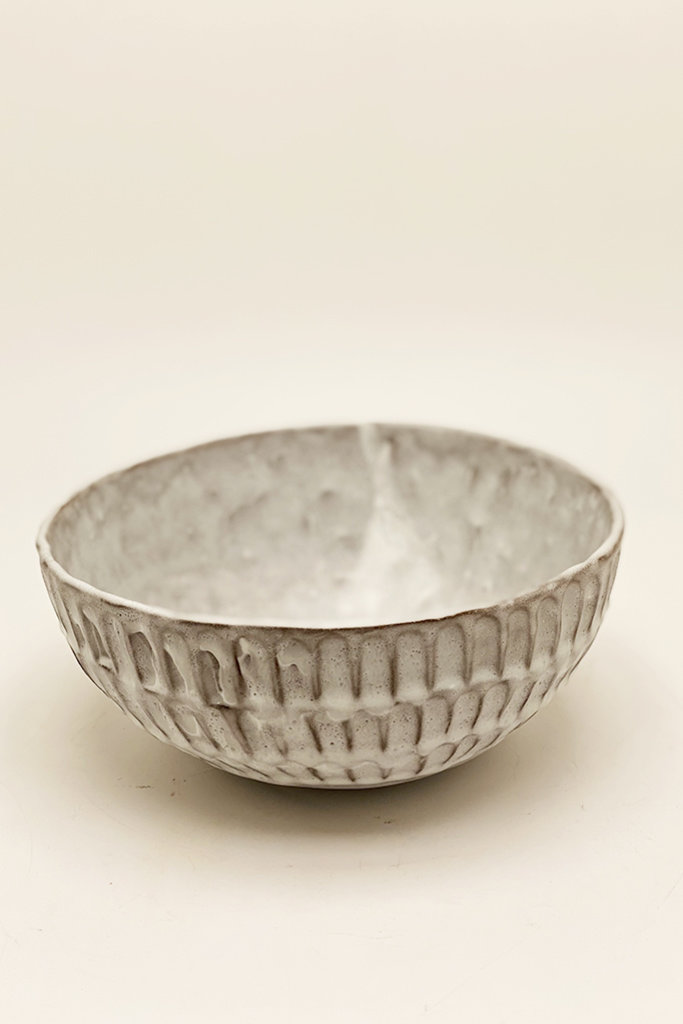 Alice Cheng Studio Large carved serving bowls