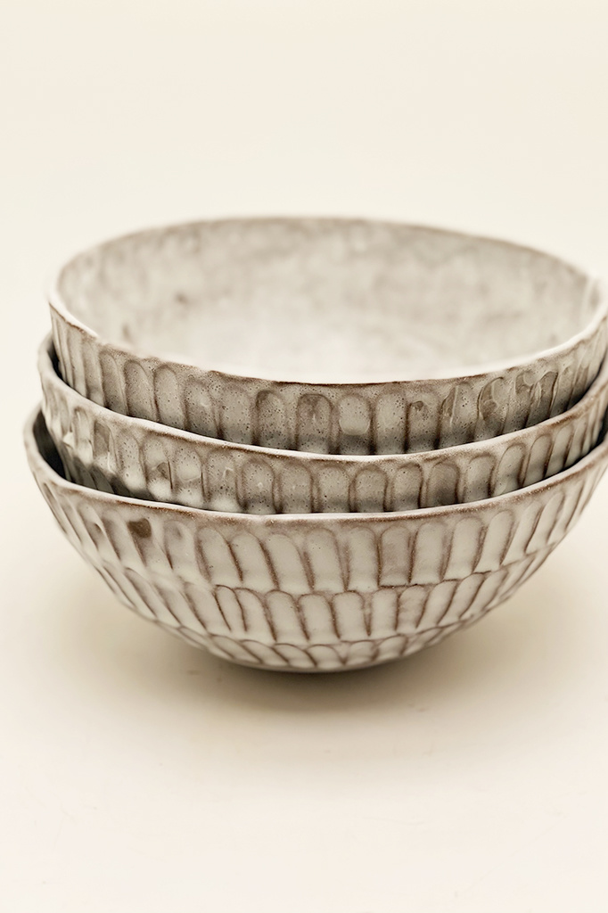 Alice Cheng Studio Large carved serving bowl