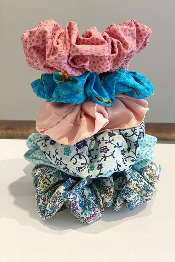 WOW Medium Scrunchies by Ava