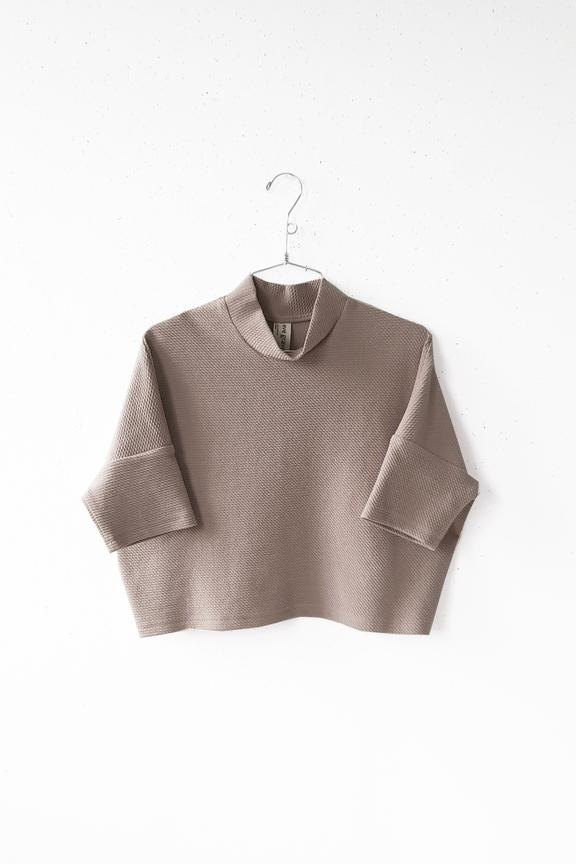 Eve Gravel Drum Beat Mock Neck Top in Lilac
