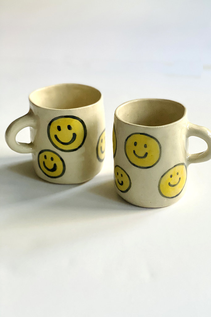 Alice Cheng Studio Large Smiley Faces Mug