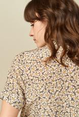Sessun Heri V-Neck Button Up Floral Chemise