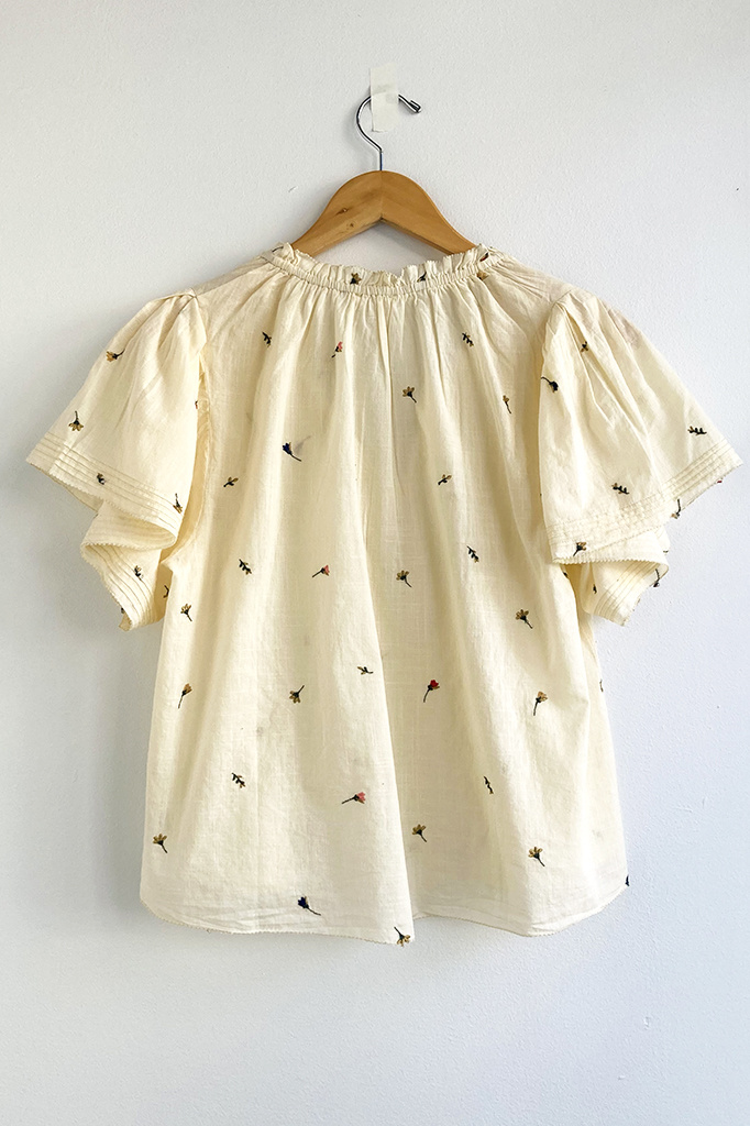 The Great The Flutter Sleeve Chime Top w/ Tossed Floral Embro Cream