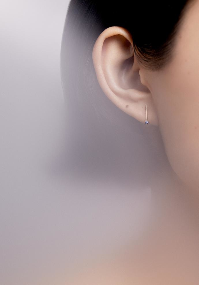One-Step Bar Earrings - Sapphires