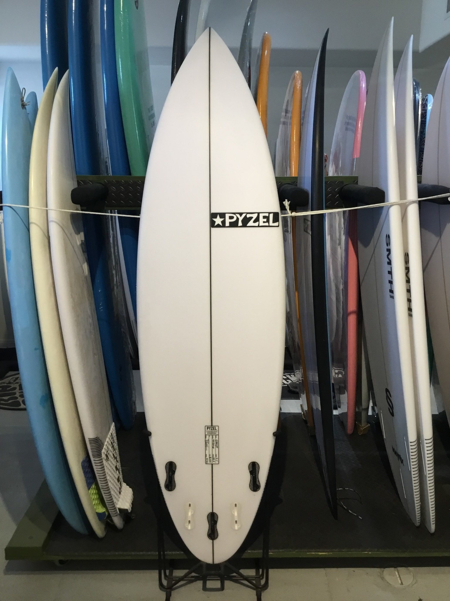 PYZEL 6'1  GHOST FCS2 5P
