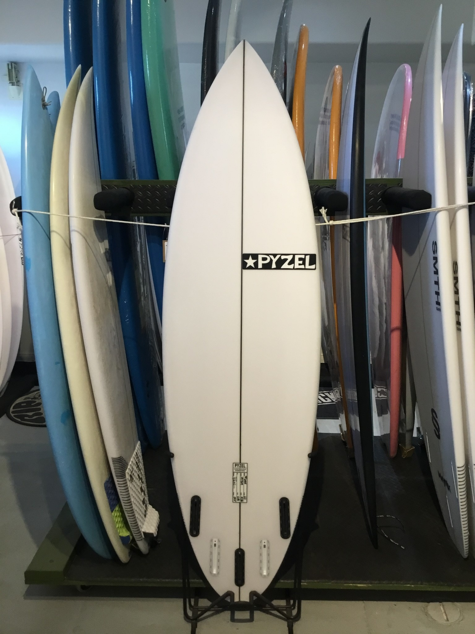 PYZEL 6'0 GHOST FUTURES 5P