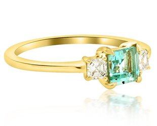 Trabert Goldsmiths 3 Stone Green Aqua and Dia Ring E1350