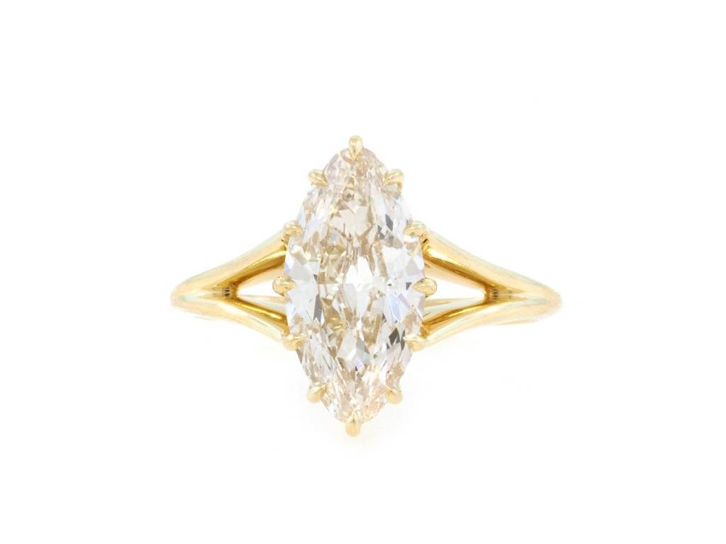 Trabert Goldsmiths 2.02ct LVS2 Moval Diamond Orion Ring