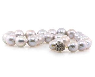 Trabert Goldsmiths Grey Round Baroque Pearl Necklace E1885