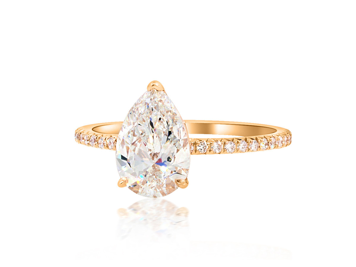 Trabert Goldsmiths 1.26ct DVS1 Pear Diamond Aura Ring