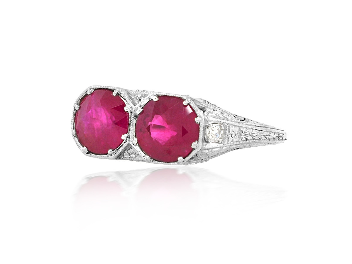 Trabert Goldsmiths Antique Double Ruby Platinum Ring