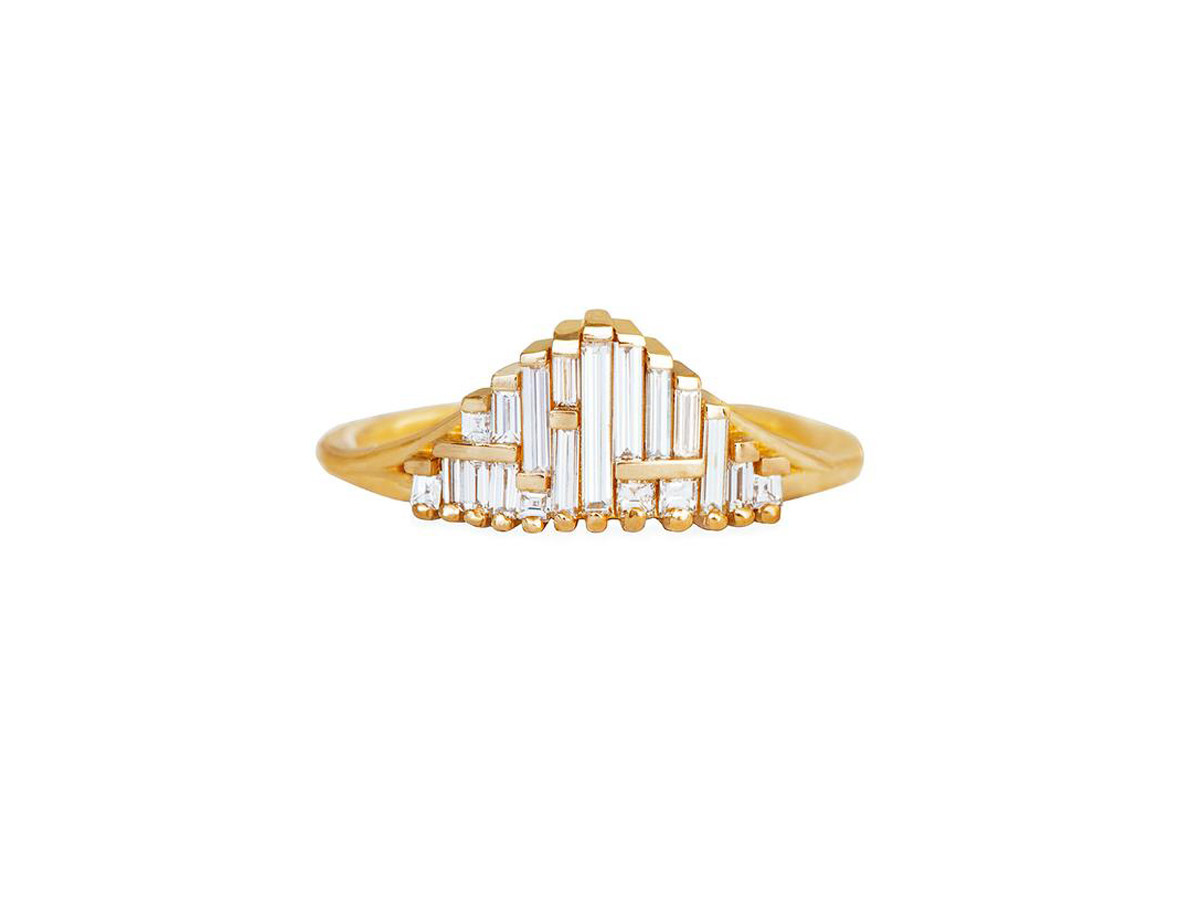 Artëmer Tapered Deco Gradient Baguette Ring