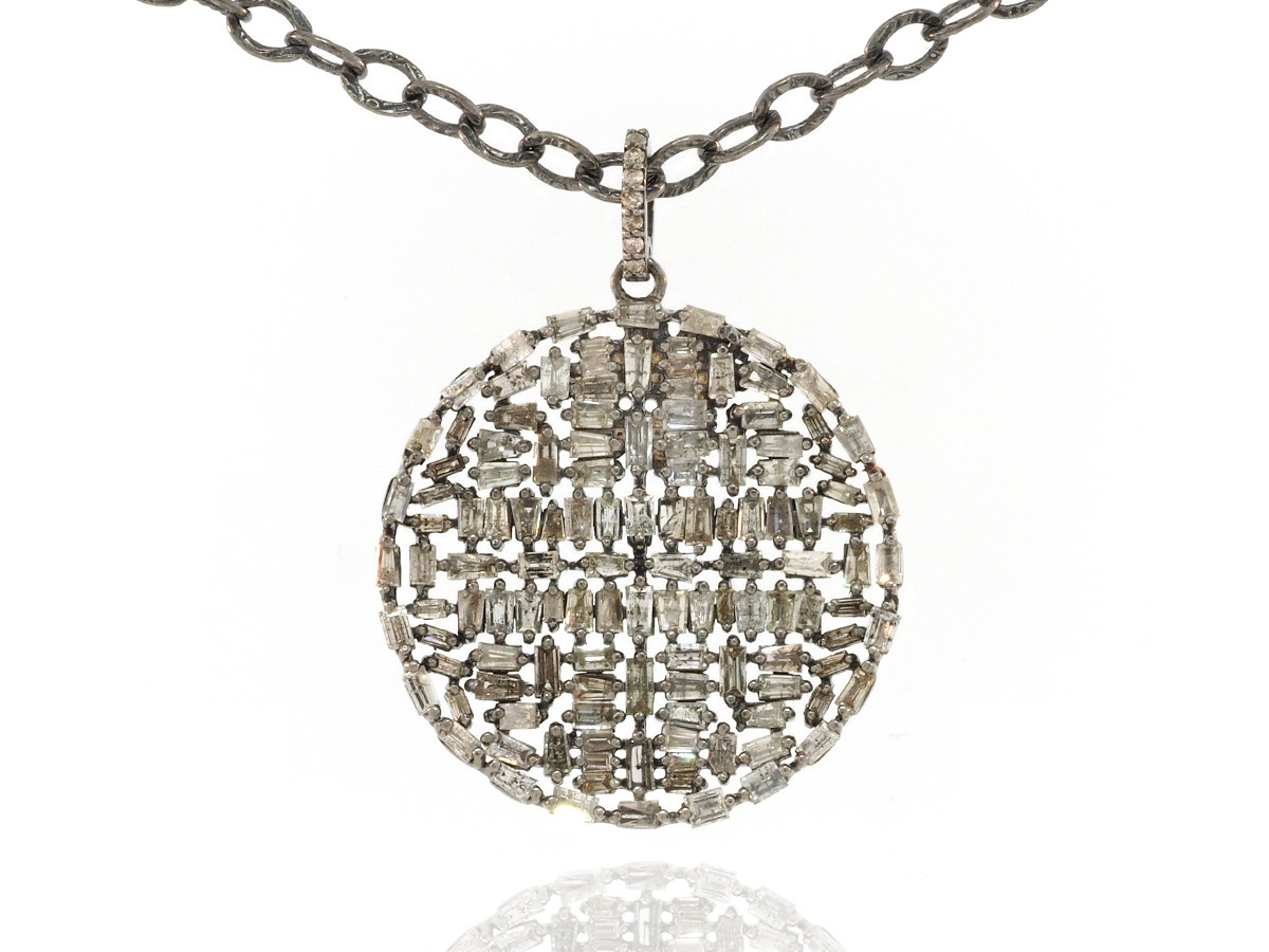 Trabert Goldsmiths Baguette Diamond Circle Necklace
