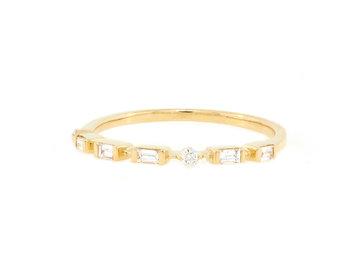 Trabert Goldsmiths Petite Baguette Gold Half Band E1936