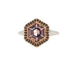 Trabert Goldsmiths Stargazer Spinel & Black Diamond Ring E1966