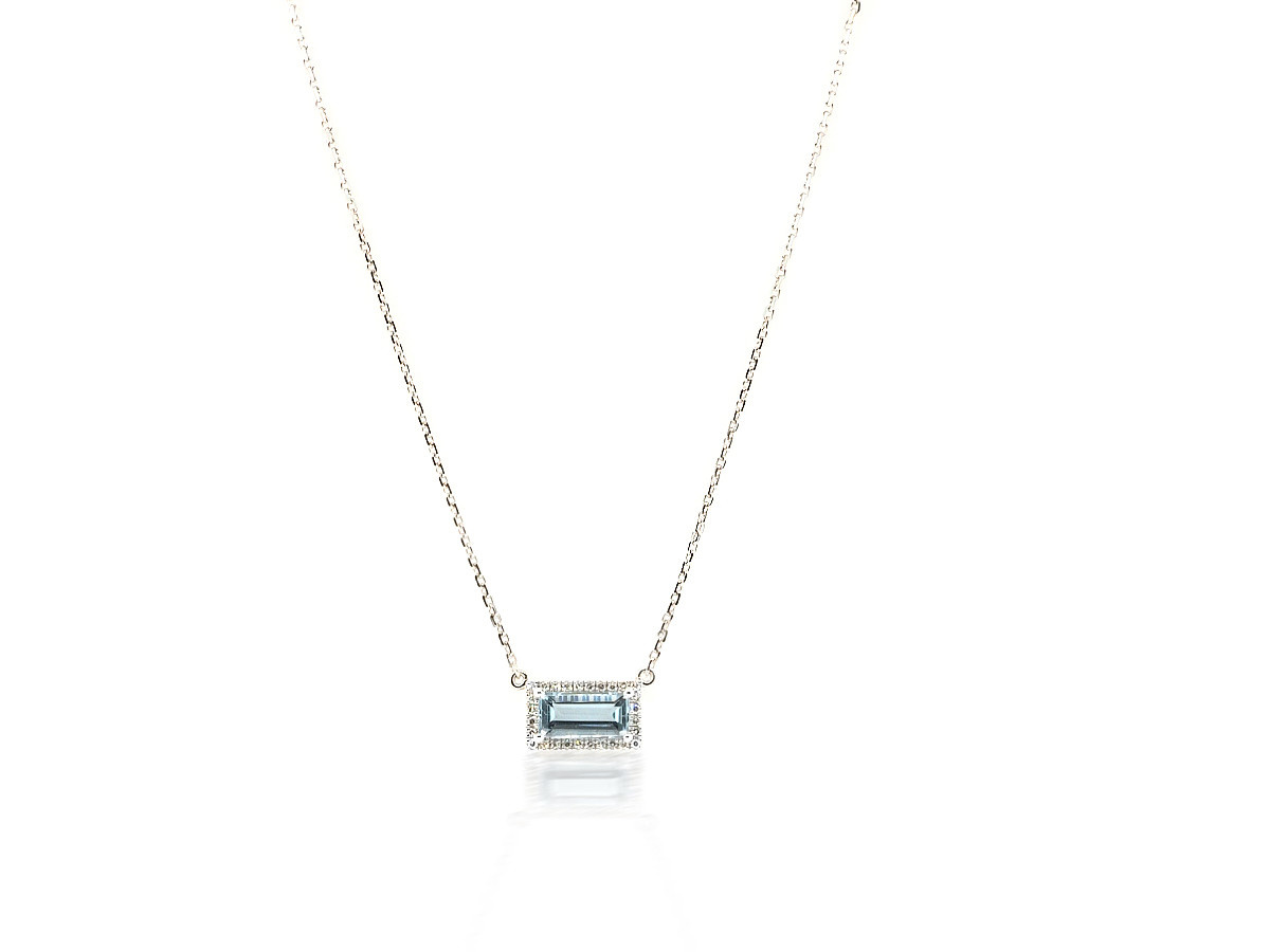 Trabert Goldsmiths Aquamarine Pave Diamond Necklace