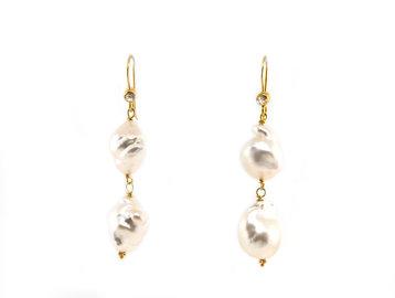 Trabert Goldsmiths South Sea Baroque Pearl Drop Earrings E2135
