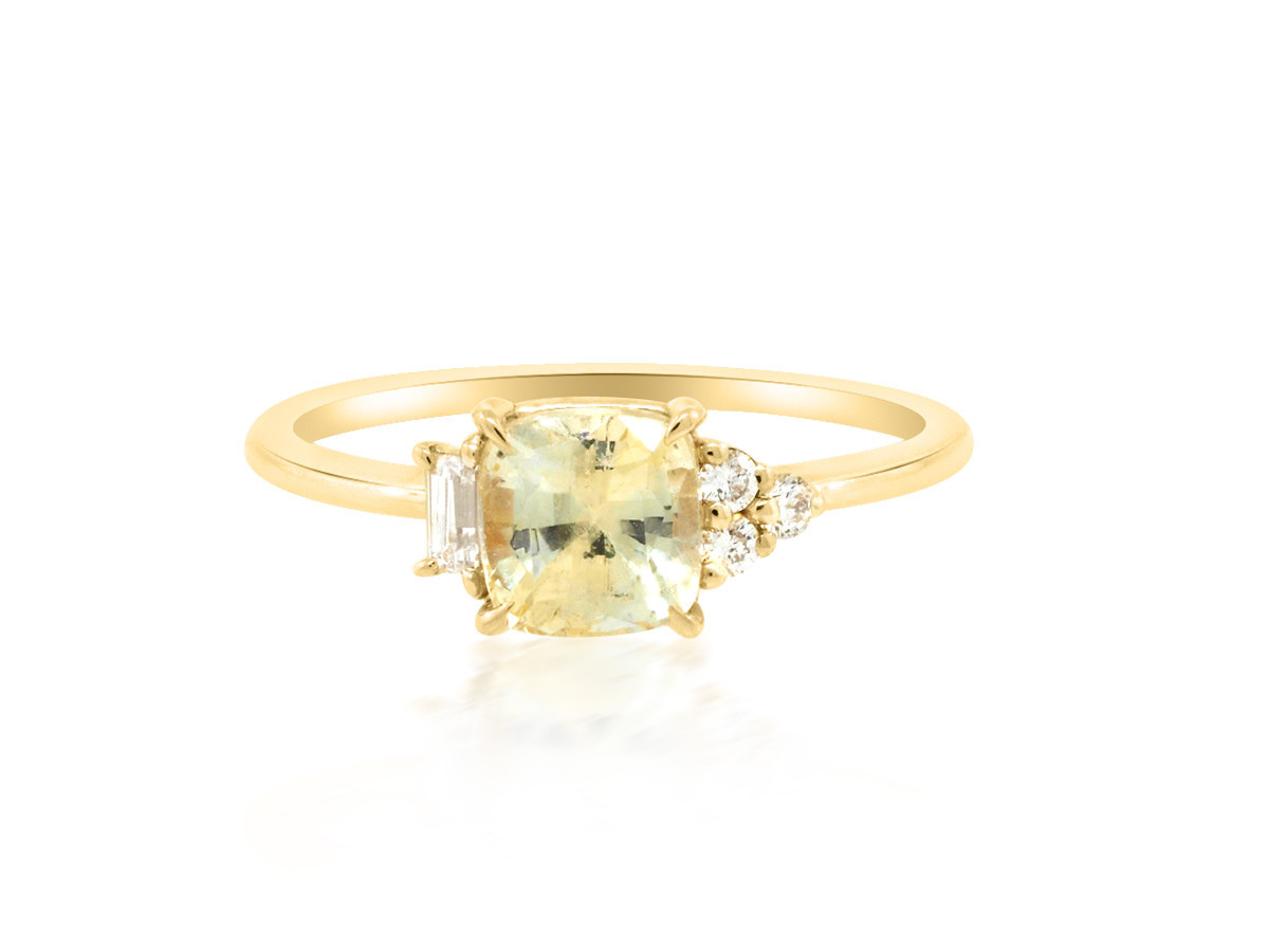 Trabert Goldsmiths 'Daisy' Yellow Cushion Sapphire Yellow Gold Ring