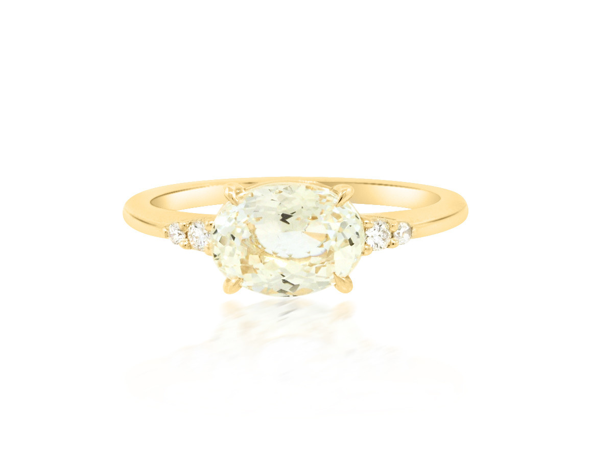 Trabert Goldsmiths 'Primrose' Yellow Oval Sapphire Yellow Gold Ring