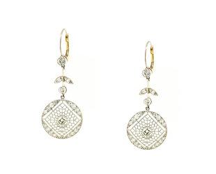 Trabert Goldsmiths Vintage Platinum Diamond Drop Earrings GM1