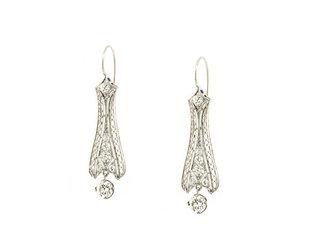 Trabert Goldsmiths Vintage Platinum Diamond Drop Earrings GM2