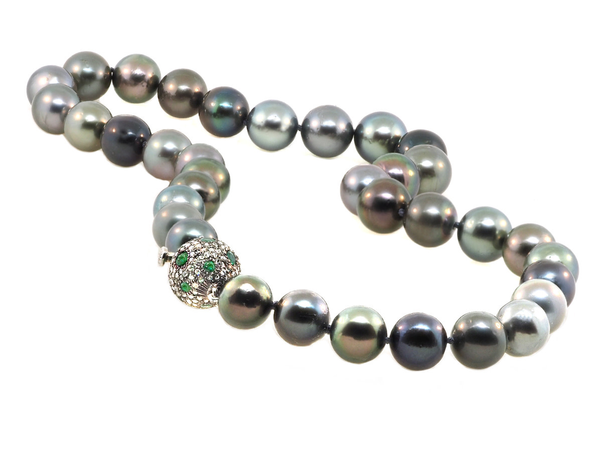 Trabert Goldsmiths Multi Color Tahitian Pearl Necklace