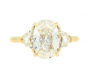 Trabert Goldsmiths 2.08ct HVS2 Elongated Cushion Diamond Trinity E2214