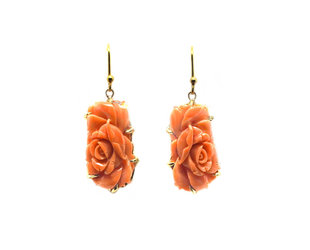 Trabert Goldsmiths Carved Coral Flower Drop Earrings E2258