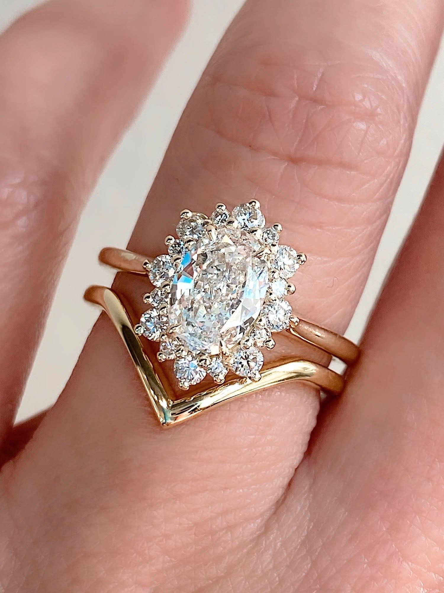 Trabert Goldsmiths 1.02ct FSI1 Oval Diamond Andromeda Ring