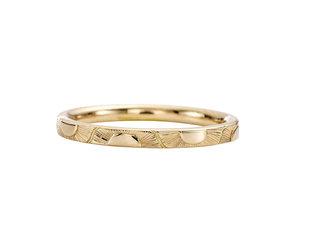 Artëmer Golden Sun Pattern Engraved Band AT27