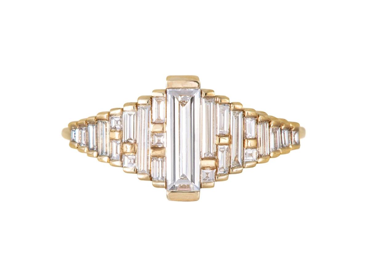 Artëmer Long Baguette Gradient Diamond Ring